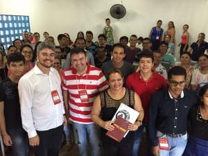 Alunos fizeram uma parada nos estudos para registrar a formação em Sertãozinho.