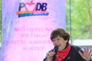 A presidente do PMDB-RS, Regina Perondi, falou sobre o projeto Mulher em Ação.