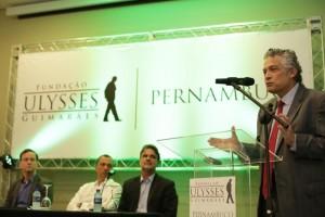 O palestrante foi o economista Ricardo Paes de Barros - inspirador do Programa Bolsa Família e conhecido como um dos maiores entendedores de políticas de combate à pobreza no mundo.